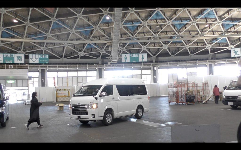 名古屋キャンピングカーフェア搬入の様子