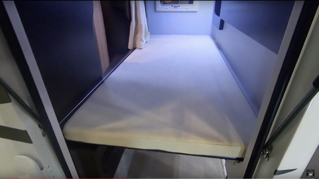 LTキャンパーズ社の「REGARD NEO PLUS(レガード ネオプラス)」のベッド