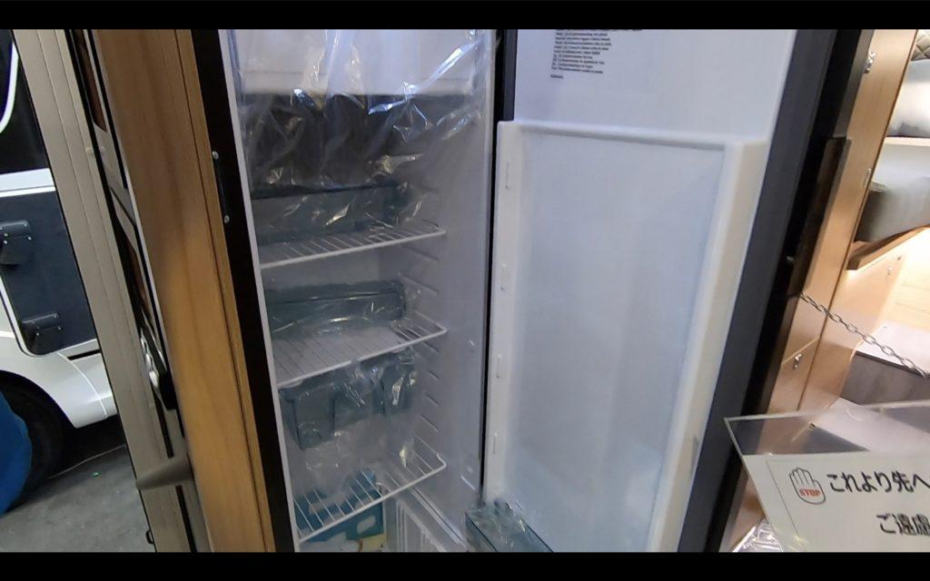 ADRIA(アドリア)社の「CORAL SUPREME670DL(コーラル シュプリーム670DL)」の冷蔵庫